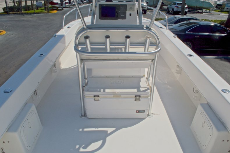 Image 11 for 2005 Twin Vee 26 CC Center Console in West Palm Beach, FL