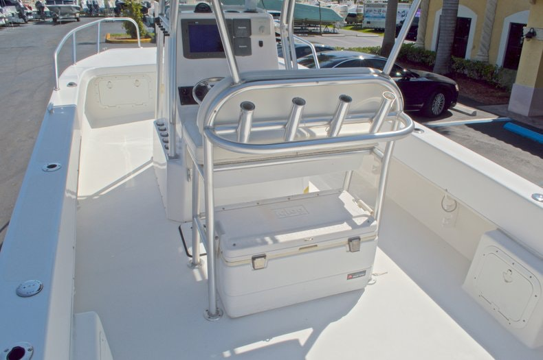 Image 13 for 2005 Twin Vee 26 CC Center Console in West Palm Beach, FL