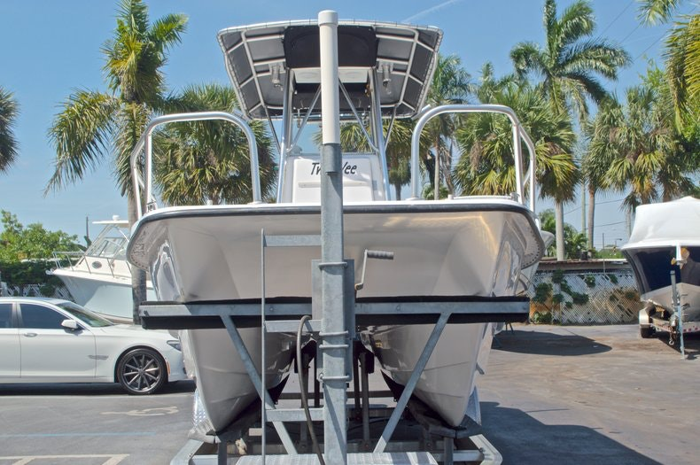 Image 6 for 2005 Twin Vee 26 CC Center Console in West Palm Beach, FL
