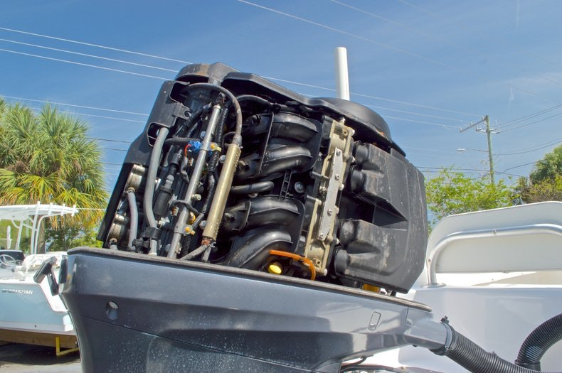 Image 55 for 2005 Twin Vee 26 CC Center Console in West Palm Beach, FL