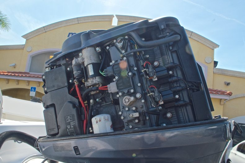 Image 56 for 2005 Twin Vee 26 CC Center Console in West Palm Beach, FL