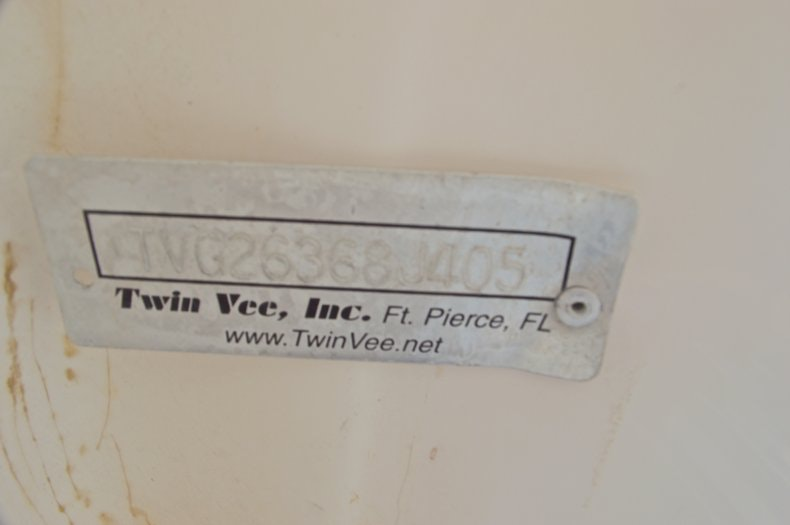 Image 61 for 2005 Twin Vee 26 CC Center Console in West Palm Beach, FL