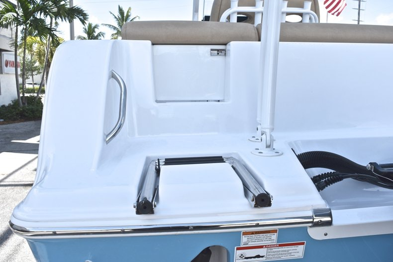 Thumbnail 10 for New 2019 Sportsman Heritage 241 Center Console boat for sale in West Palm Beach, FL