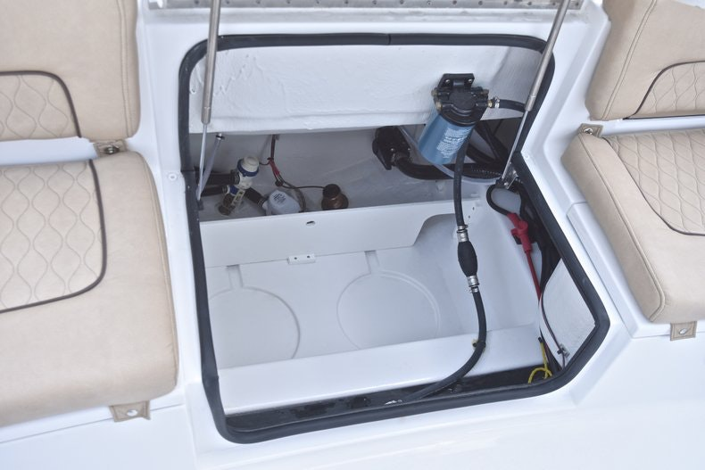 Thumbnail 18 for New 2019 Sportsman Heritage 241 Center Console boat for sale in West Palm Beach, FL