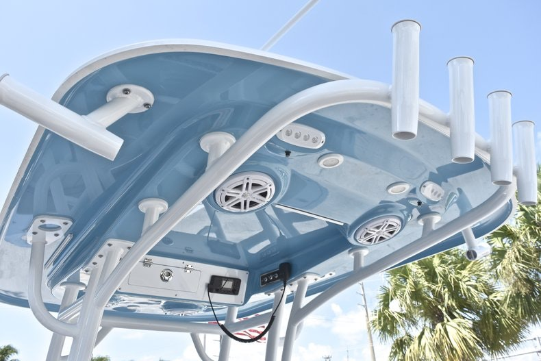 Thumbnail 28 for New 2019 Sportsman Heritage 241 Center Console boat for sale in West Palm Beach, FL