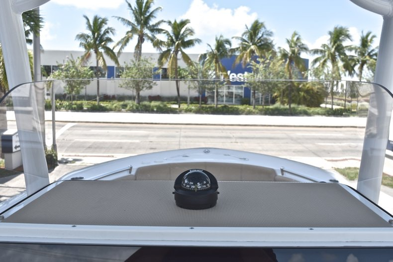 Thumbnail 34 for New 2019 Sportsman Heritage 241 Center Console boat for sale in West Palm Beach, FL