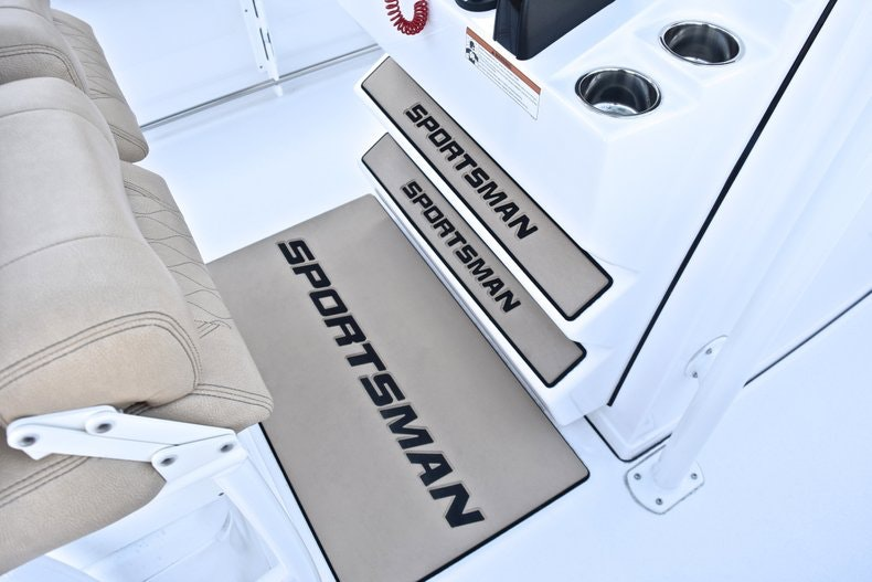 Thumbnail 44 for New 2019 Sportsman Heritage 241 Center Console boat for sale in West Palm Beach, FL