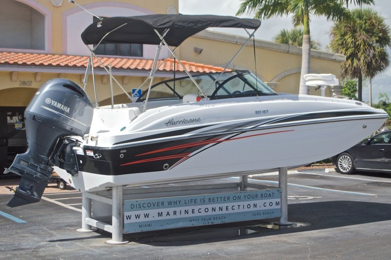 Image 9 for 2017 Hurricane SunDeck SD 187 OB in Miami, FL