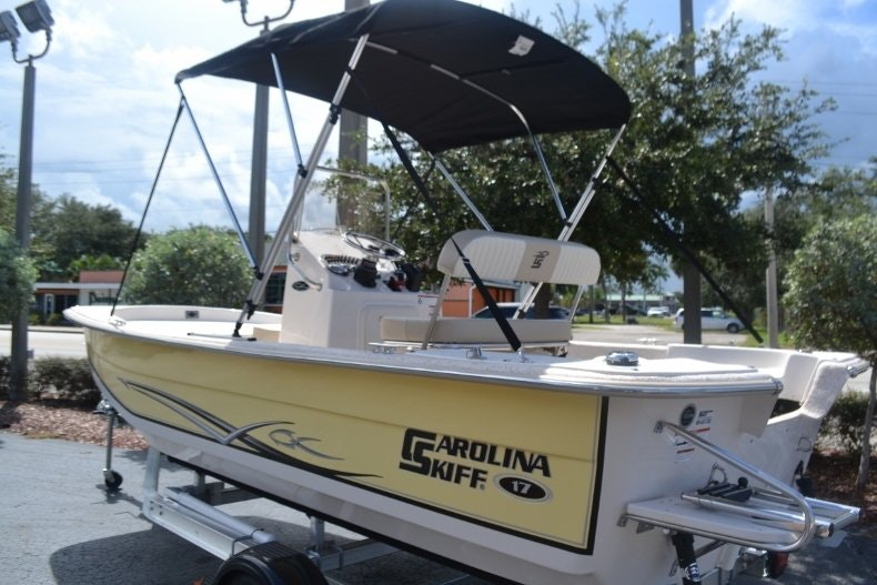 Thumbnail 3 for New 2019 Carolina Skiff 1765 DLX boat for sale in Vero Beach, FL