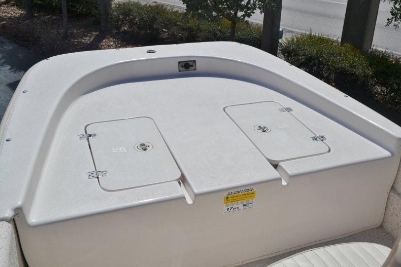 Thumbnail 11 for New 2019 Carolina Skiff 1765 DLX boat for sale in Vero Beach, FL