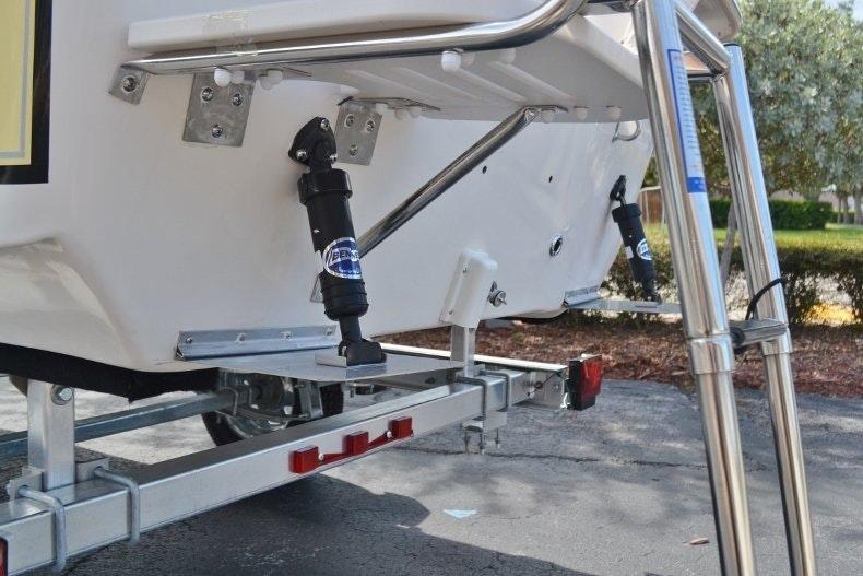Thumbnail 19 for New 2019 Carolina Skiff 1765 DLX boat for sale in Vero Beach, FL