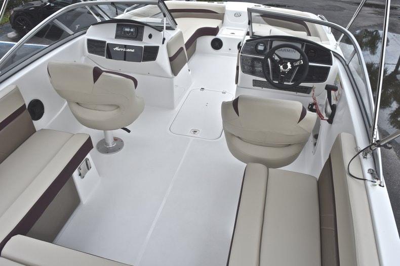 Thumbnail 12 for New 2019 Hurricane SD 217 OB boat for sale in Fort Lauderdale, FL