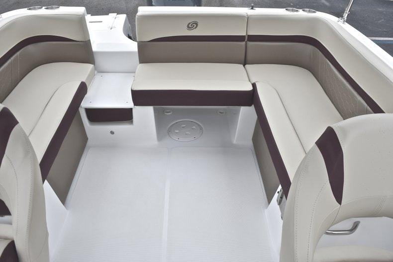 Thumbnail 13 for New 2019 Hurricane SD 217 OB boat for sale in Fort Lauderdale, FL