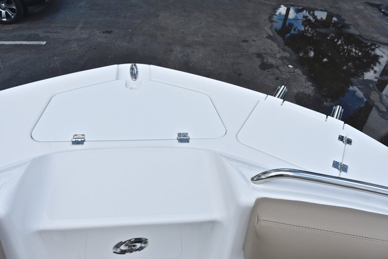 Thumbnail 57 for New 2019 Hurricane SunDeck SD 2200 OB boat for sale in West Palm Beach, FL