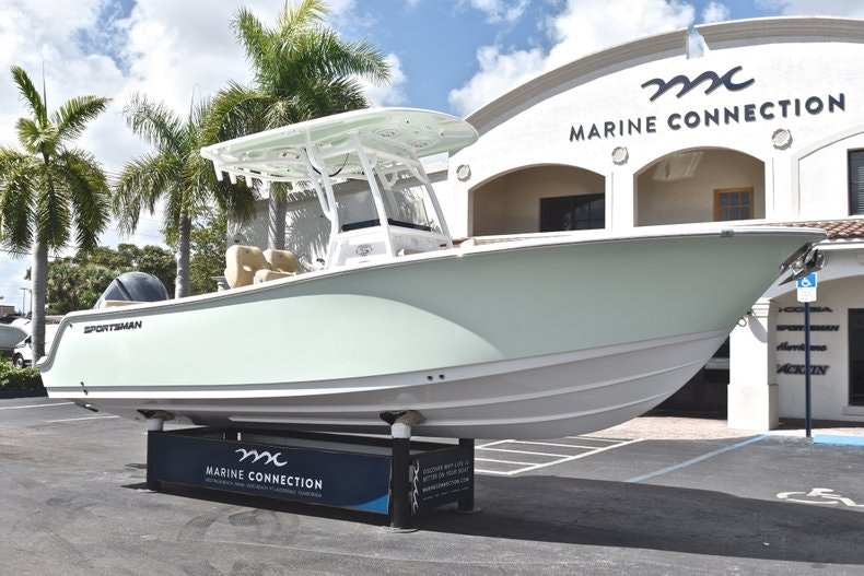 Thumbnail 1 for New 2019 Sportsman Heritage 241 Center Console boat for sale in Miami, FL