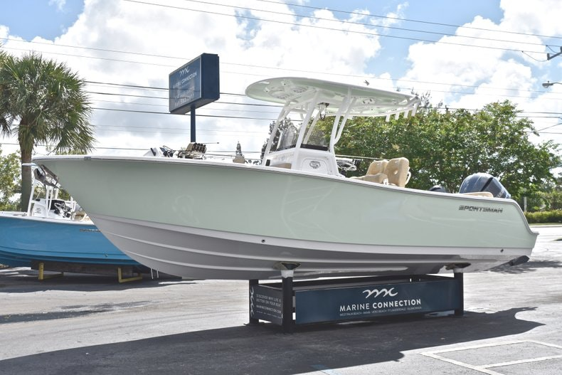 Thumbnail 4 for New 2019 Sportsman Heritage 241 Center Console boat for sale in Miami, FL