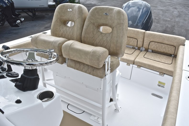 Thumbnail 26 for New 2019 Sportsman Heritage 241 Center Console boat for sale in Miami, FL