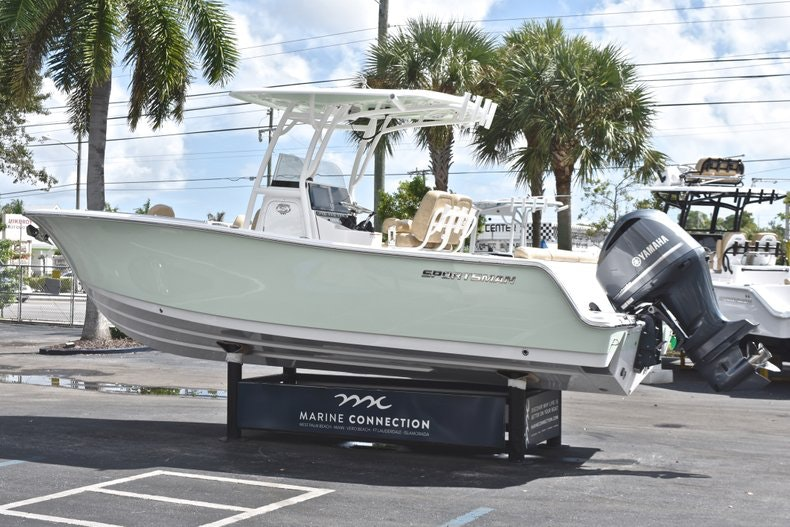 Thumbnail 6 for New 2019 Sportsman Heritage 241 Center Console boat for sale in Miami, FL