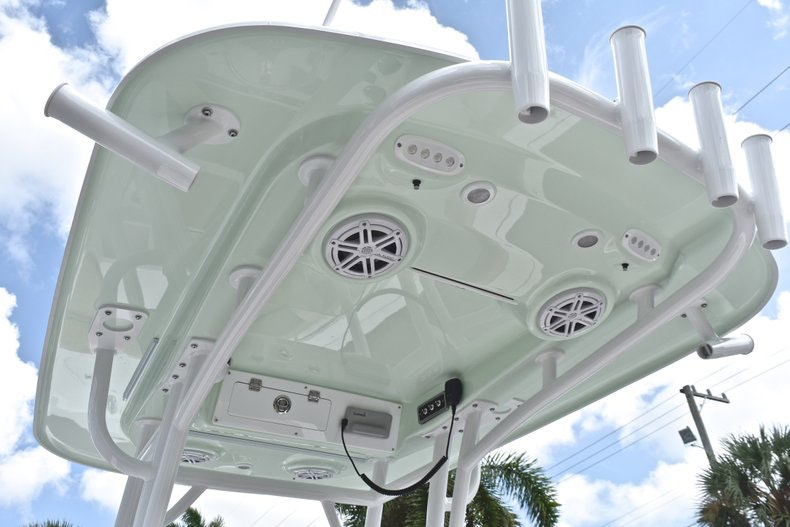 Thumbnail 27 for New 2019 Sportsman Heritage 241 Center Console boat for sale in Miami, FL