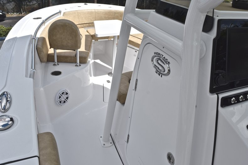 Thumbnail 45 for New 2019 Sportsman Heritage 241 Center Console boat for sale in Miami, FL