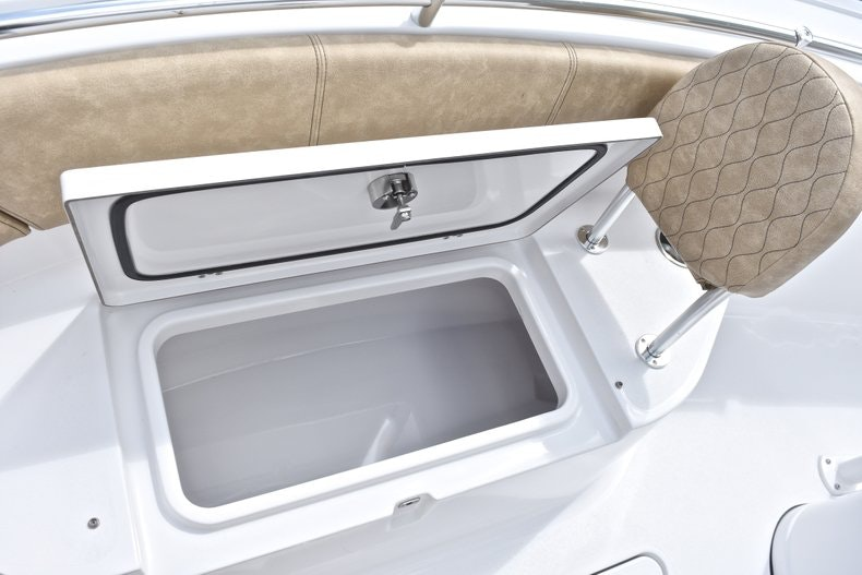 Thumbnail 55 for New 2019 Sportsman Heritage 241 Center Console boat for sale in Miami, FL