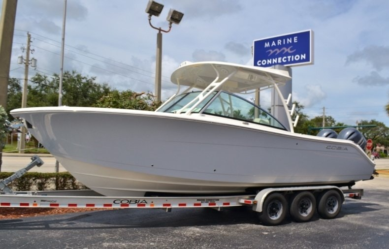 New 2019 Cobia 280 DC boat for sale in West Palm Beach, FL