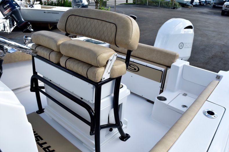 Thumbnail 22 for New 2019 Sportsman Open 212 Center Console boat for sale in Miami, FL