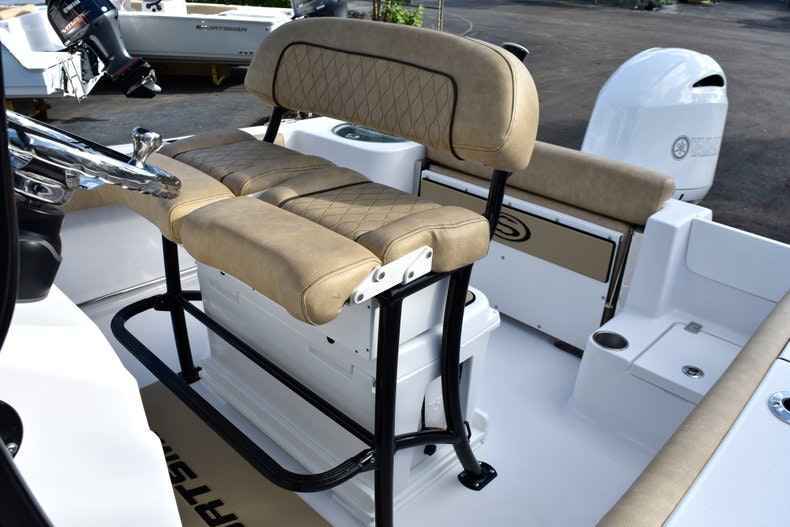 Thumbnail 23 for New 2019 Sportsman Open 212 Center Console boat for sale in Miami, FL