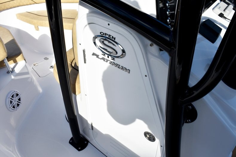 Thumbnail 44 for New 2019 Sportsman Open 212 Center Console boat for sale in Miami, FL