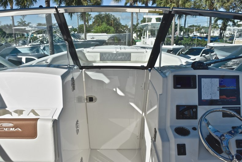 Thumbnail 54 for New 2019 Cobia 280 DC Dual Console boat for sale in West Palm Beach, FL