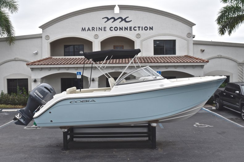 Thumbnail 0 for New 2019 Cobia 220 Dual Console boat for sale in Miami, FL
