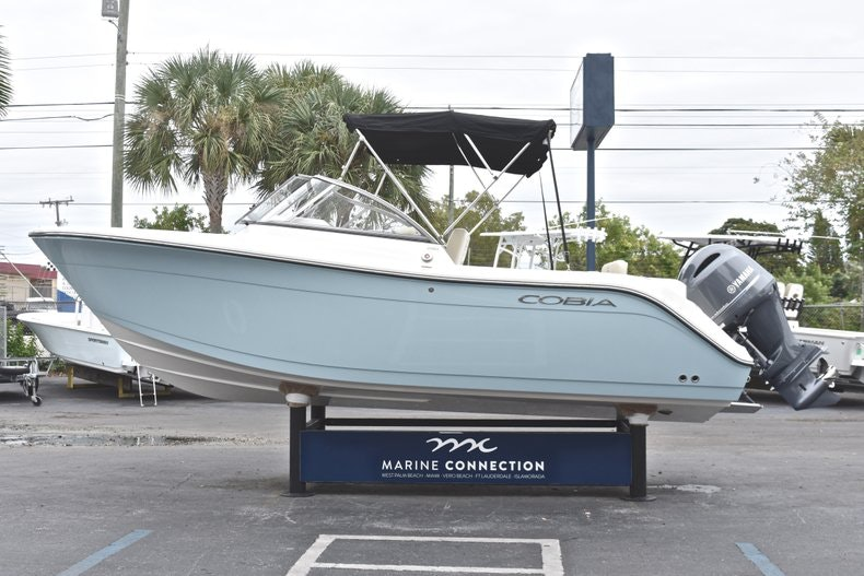 Thumbnail 4 for New 2019 Cobia 220 Dual Console boat for sale in Miami, FL