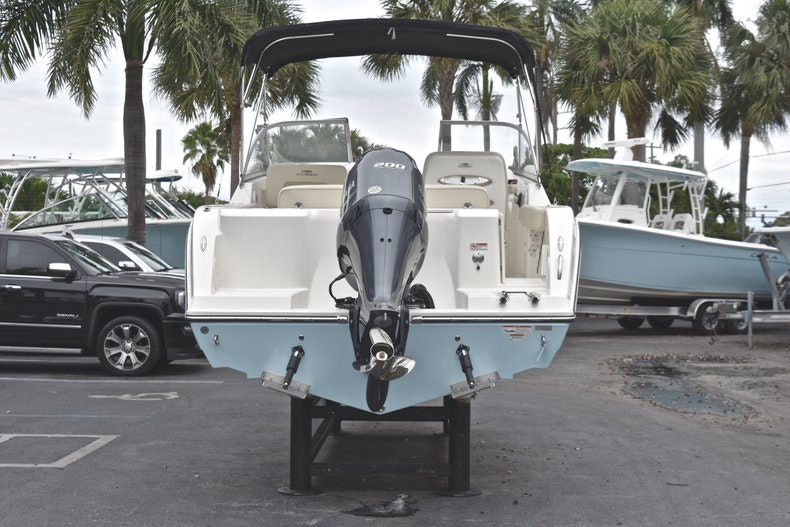 Thumbnail 6 for New 2019 Cobia 220 Dual Console boat for sale in Miami, FL