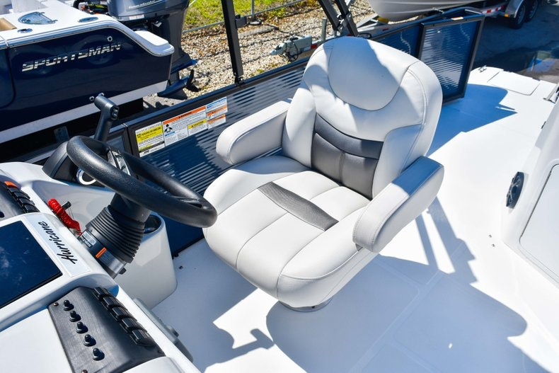 Thumbnail 23 for New 2019 Hurricane FunDeck FD 236 Wet Bar OB boat for sale in Miami, FL