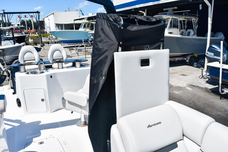 Thumbnail 32 for New 2019 Hurricane FunDeck FD 236 Wet Bar OB boat for sale in Miami, FL
