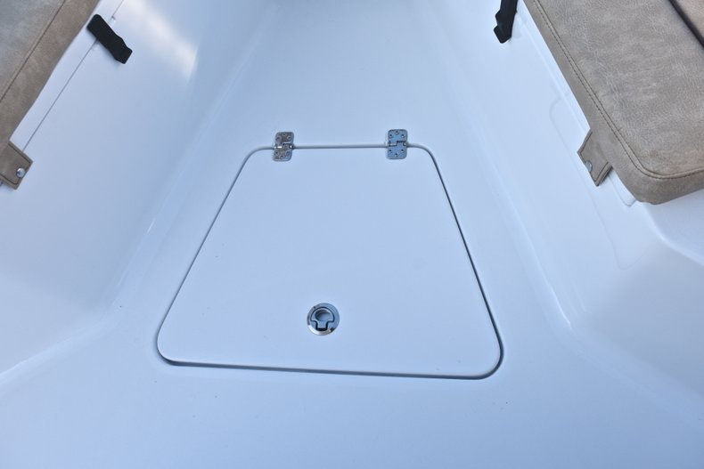 Thumbnail 52 for New 2019 Sportsman Open 232 Center Console boat for sale in Fort Lauderdale, FL