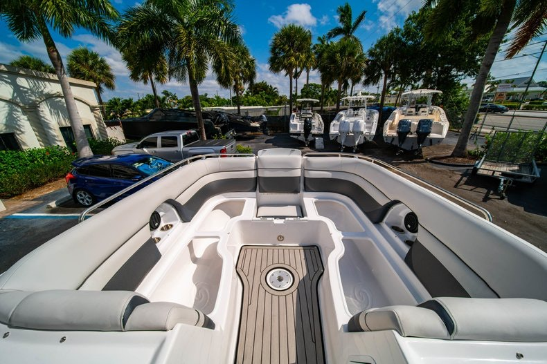 Thumbnail 33 for New 2019 Hurricane SunDeck SD 2486 OB boat for sale in Vero Beach, FL