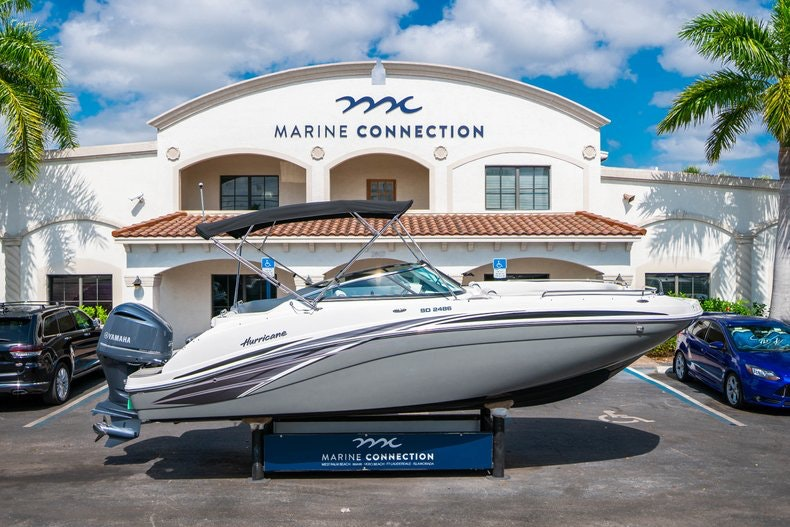 New 2019 Hurricane SunDeck SD 2486 OB boat for sale in Vero Beach, FL