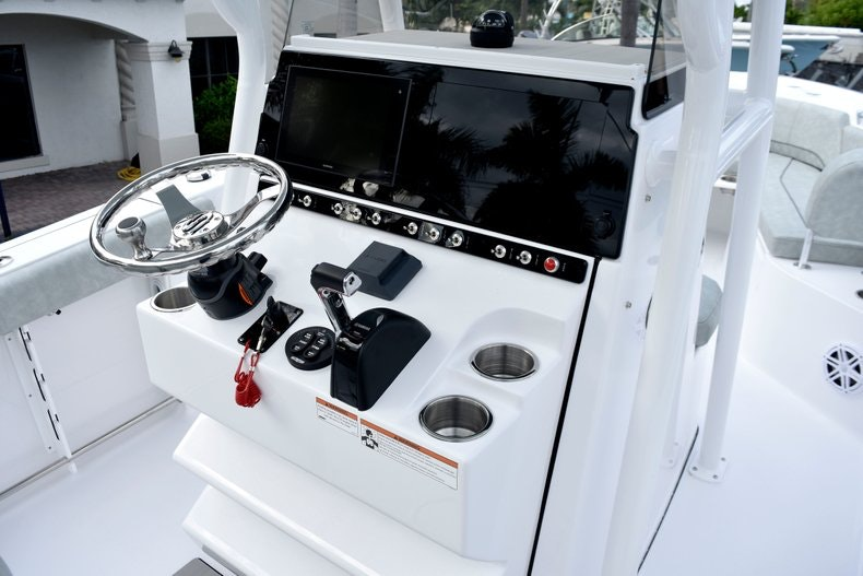 Thumbnail 29 for New 2019 Sportsman Heritage 241 Center Console boat for sale in West Palm Beach, FL