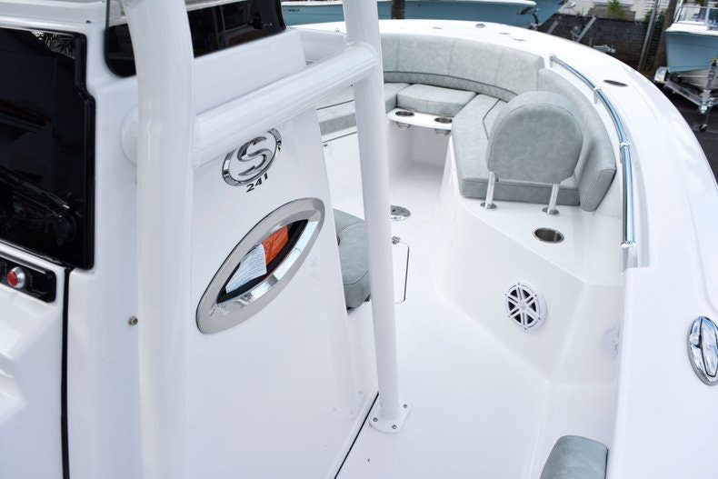 Thumbnail 41 for New 2019 Sportsman Heritage 241 Center Console boat for sale in West Palm Beach, FL