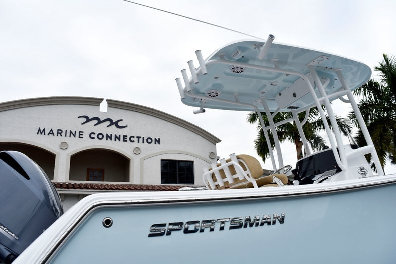 Thumbnail 8 for New 2019 Sportsman Open 232 Center Console boat for sale in Vero Beach, FL