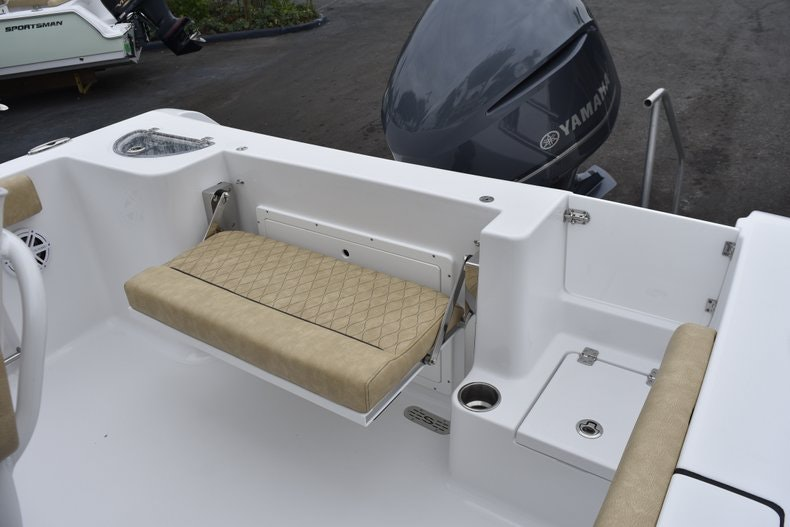 Thumbnail 14 for New 2019 Sportsman Open 232 Center Console boat for sale in Vero Beach, FL