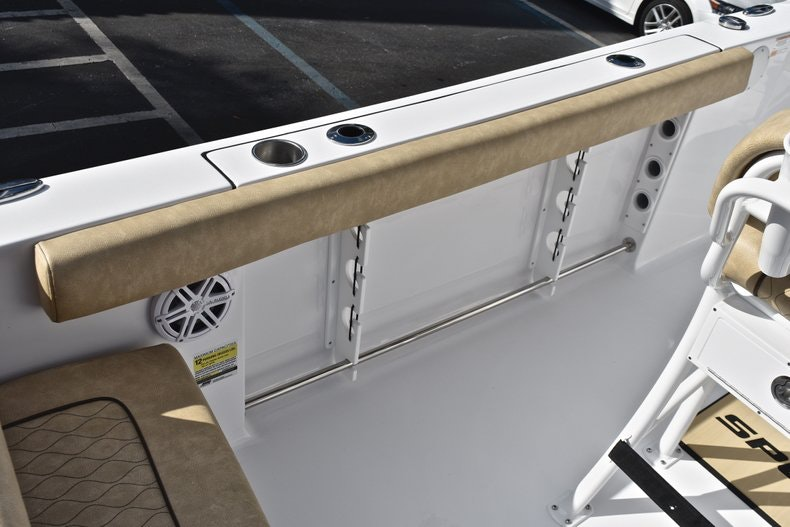 Thumbnail 19 for New 2019 Sportsman Heritage 231 Center Console boat for sale in West Palm Beach, FL