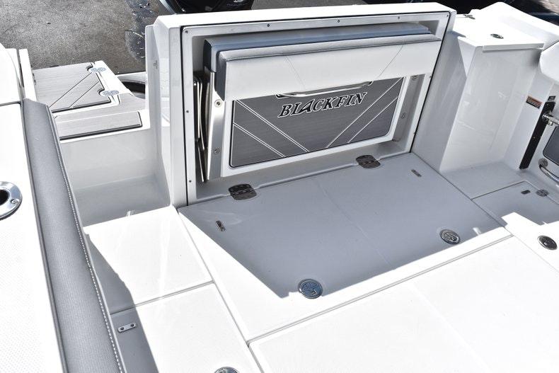 Thumbnail 15 for New 2019 Blackfin 242CC boat for sale in Miami, FL