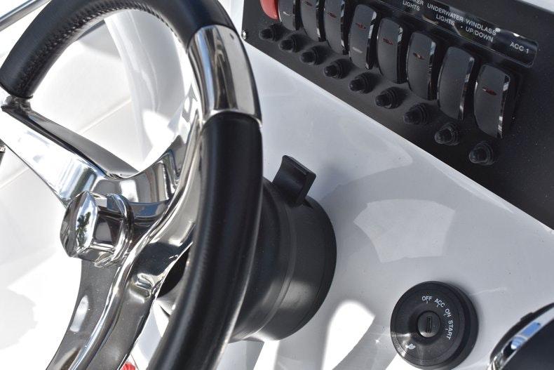 Thumbnail 46 for New 2019 Blackfin 242CC boat for sale in Miami, FL