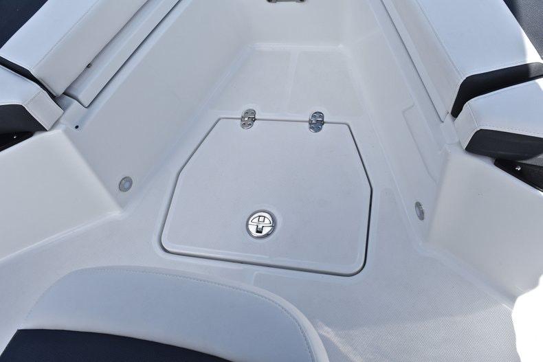 Thumbnail 53 for New 2019 Blackfin 242CC boat for sale in Miami, FL