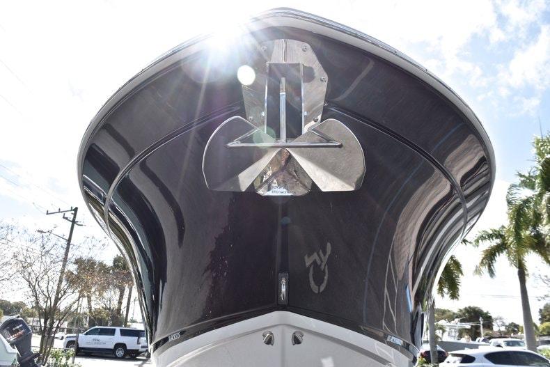 Thumbnail 3 for New 2019 Blackfin 242CC boat for sale in Miami, FL