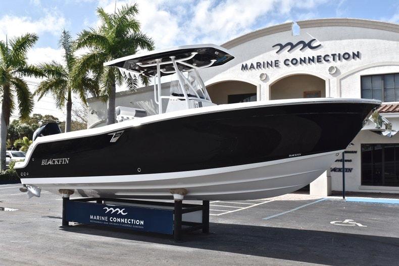 Thumbnail 1 for New 2019 Blackfin 242CC boat for sale in Miami, FL