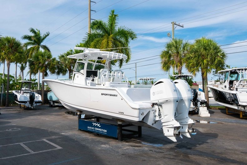 Thumbnail 5 for New 2019 Sportsman Open 312 Center Console boat for sale in Vero Beach, FL