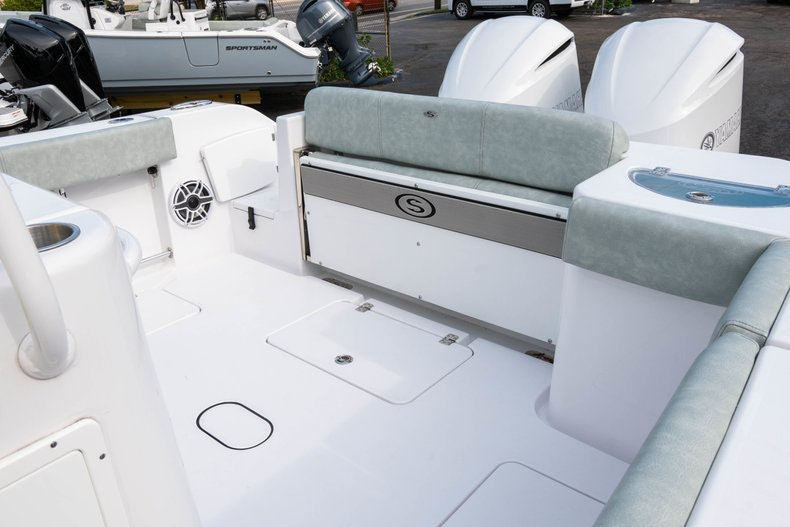 Thumbnail 20 for New 2019 Sportsman Open 312 Center Console boat for sale in Vero Beach, FL